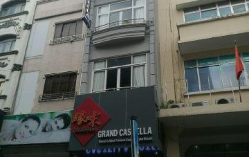 Chính chủ bán gấp nhà mặt tiền đường Cô Giang, Quận 1, 4x18m, 4 lầu, mới xây rất đẹp, giá rẻ chỉ 28 tỷ