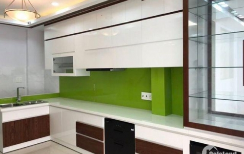 Bán nhà mới đẹp, hẻm thoáng, Cách Mạng Tháng 8 phường 13 quận 10