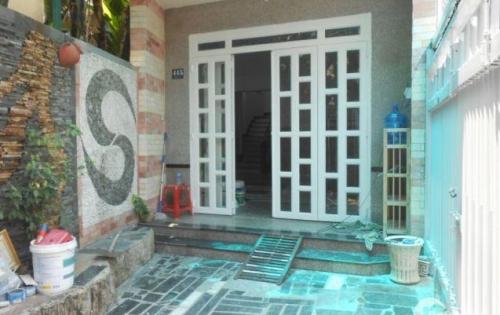 Bán nhà 68,3m2, 2PN tại Khu Phố 2, quận 2, tặng nội thất, giá tốt