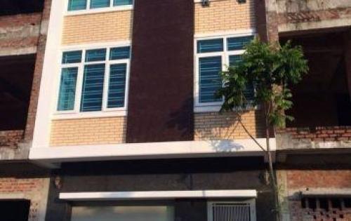 Bán Nhà MT Lý Chính Thắng, P. 8, Quận 3, DT: 7.5x15m, 36 tỷ TL