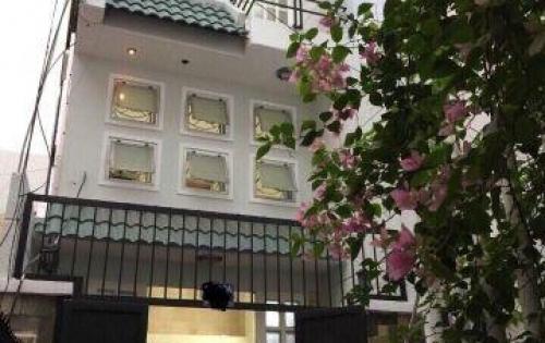 Bán nhà gấp gấp!!! Đường Trần Quang Diệu 35m2, 3 lầu BTCT P14 Q3