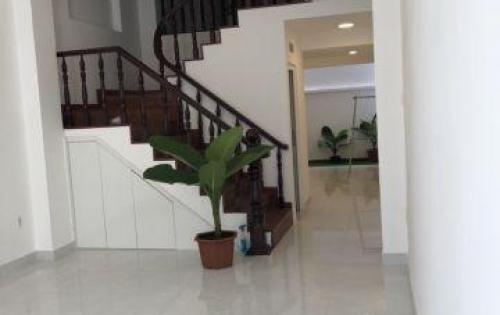Bán nhà mặt tiền Võ Văn Tần, P5, Q3. Dt: 6x17m, 3 lầu đang cho thuê 145 triệu/tháng