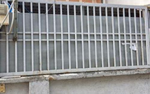 Bán nhà 69m2 cấp 4 đường Nguyễn Văn Quỳ P. Phú Thuận Quận 7. giá 4.1 tỷ