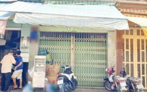 Bán nhà mặt tiền Quận 8 đường Phong Phú Phường 12
