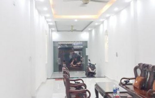 Bán nhà 2 lầu Quận 8 mặt tiền đường Bùi Minh Trực Phường 5