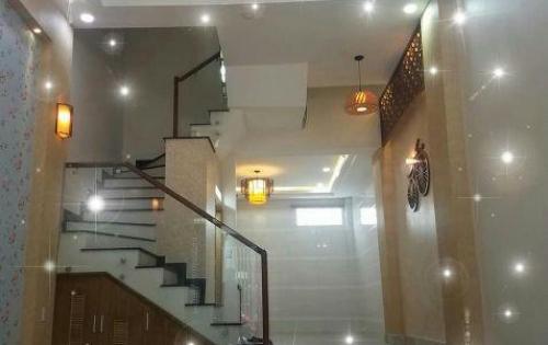 Bán gấp nhà hẻm 3 tầng Phan Văn Trị, DT 65m2,  giá 6 tỷ 500, HP 0968 515 619