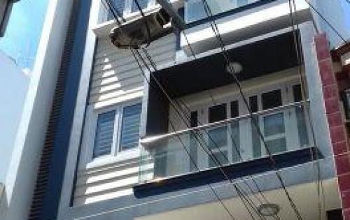 Cần bán gấp nhà MT đường Hoa Cau, P7, Phú Nhuận. 5 x 10m,vuông. 3 lầu.