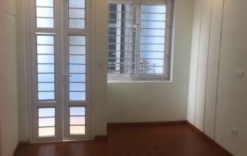 Bán nhà Xuân Tảo 40m2 xây mới 5 tầng cực đẹp, giá 2.5 tỷ, sổ đỏ chính chủ