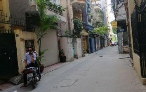 Cho thuê nhà Nguyễn Khang, Cầu Giấy , dt: 75m2x6t , 19tr/tháng.