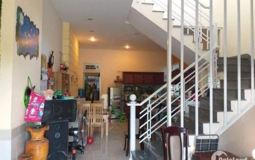 7.Cho thuê nguyên căn 2 tầng hẻm oto Lương Định Của, Nha Trang, gía thuê 12tr triệu/tháng