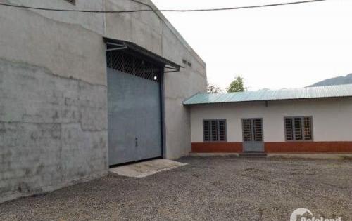 Cho thuê nhà xưởng 3.045m2 tại Quận Bình Tân (ngã tư Bà Hom - Tỉnh Lộ 10).