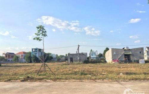 Cần bán 300m2 đất ngay chợ tự phát công nhân qua lại nhiều, thổ cư hết giá 600tr/lô LH 0963.705.521