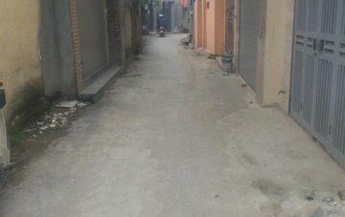 Bán 44.2m2 đất vuông đẹp phù hợp xây ở Xóm 8, Đông Dư, Gia Lâm.