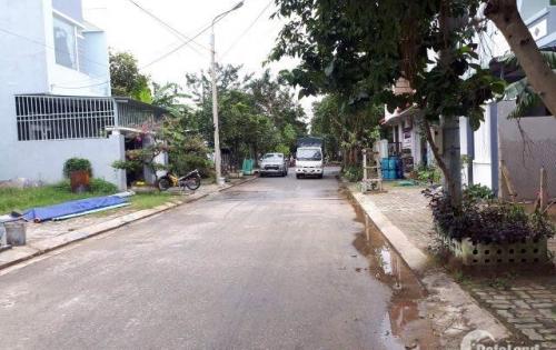 Bán đất đường 5,5m Nguyễn Văn Tỵ sát ngã tư đường 7,5m Lê Trực, cách chợ Hòa Châu chỉ 600m