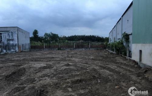 Tôi bán lô đất mặt tiền đường Dương Công Khi, Hóc Môn. Giá rẻ. Lh 0938.610.217
