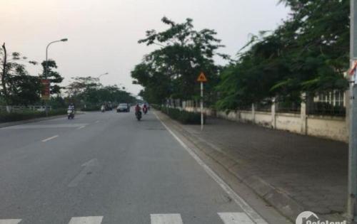 Bán đất 2 mặt tiền, ô tô tránh nhau, 4 chỗ vào tận cửa Thạch Bàn Long Biên