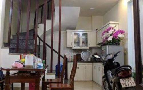 Bán nhà đẹp phố Ngọc Hà, Ba Đình: 31m2, 5 tầng, giá 3,1 tỷ