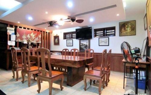 Tọa lạc tại vị trí quy hoạch nội đô khu dân trí cao cấp của quận Bình Thạnh: ngay 442/35A Lê Quang Định, Phường 11, Quận Bình Thạnh.