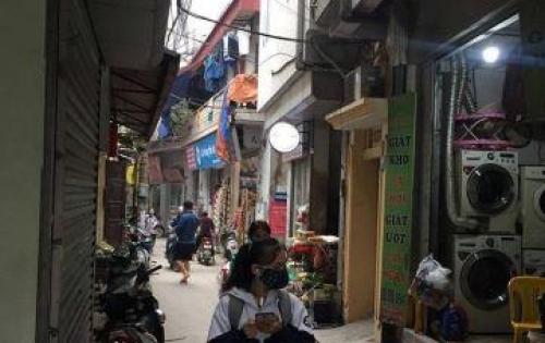 Bán nhà Phố Hồng Mai, Phân lô, Ô tô đõ cửa. Giá 3,36 tỷ.