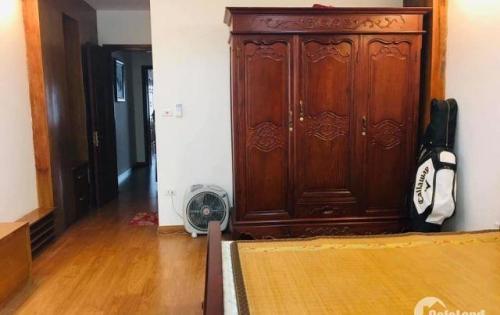 Nhà 2 mặt tiền, ô tô vào nhà, kinh doanh khủng phố Lê Thanh Nghị