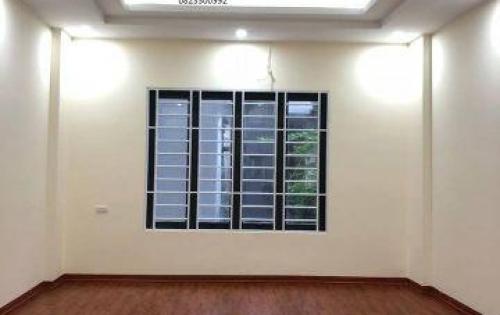 Bán nhà Ngõ Quỳnh, Võ Thị Sáu, 10p lên bờ hồ. DT rộng 42m2x5T đủ nội thất. Giá 3.5 tỷ