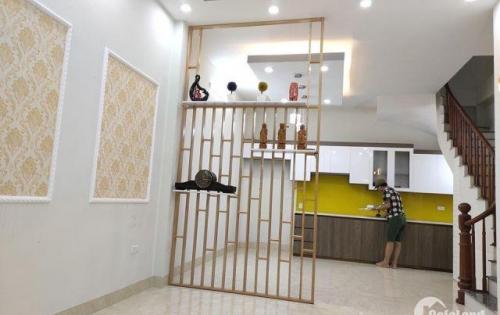 Nhà đối diện Time City, Minh Khai - Q. Hai Bà Trưng. Diện tích 38m2 x 5 tầng xây mới. Giá 3tỷ65