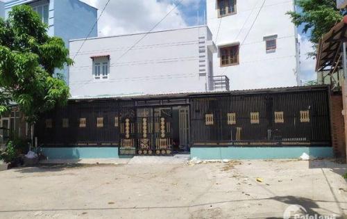 Bán nhà 1 lầu đẹp mặt tiền đường 20m hẻm 1979 Huỳnh Tấn Phát Nhà Bè (khu bất động sản).