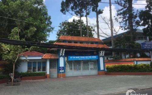 Bán nhà đường Đồng Nai Q 10. Khu Bắc Hải KD