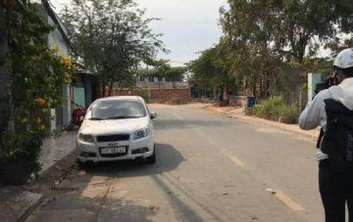 -Cần bán gấp 3 lô đất tại khu vực gần chợ Thạnh Lộc Q12