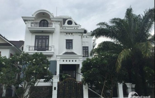 Gấp !!! Villa mặt tiền Thảo Điền, Quận 2. DT – 8.5 x 23m mới đẹp. Giá: 28 tỷ (TL)