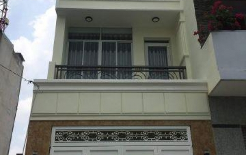 Bán nhà quận 3-1 trệt+2 lầu, sân thượng (4.1 TỶ)
