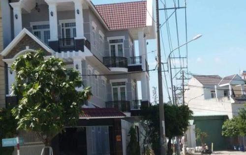 Kẹt vốn, nhà 2 MT Nguyễn Chí Thanh . 2 lầu. 3,4 tỷ.