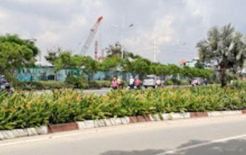 Bán nhà 1 lầu mặt tiền Nguyễn Văn Linh quận 7.