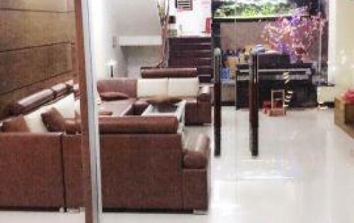 Cần tiền, bán gấp nhà 3 lầu đường Phạm Hữu Lầu. 2,72 tỷ.