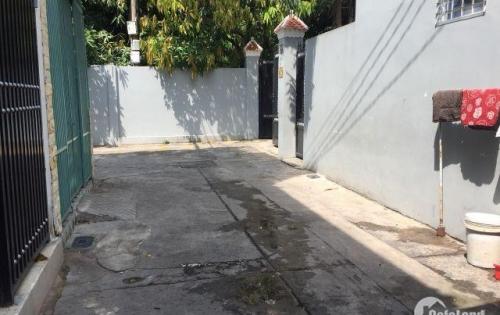 Cần bán nhà hẻm đường Nguyễn Sơn, DT 3.45m x 8m, nhà 1 lầu. Giá 2.8 tỷ.