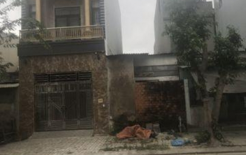 Cần tiến bán nhanh cân nhà đường Đinh Thị Vân DT:104m2