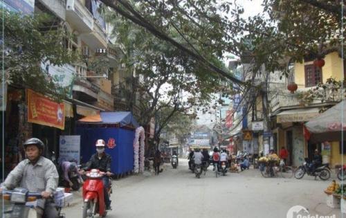 Nhà mặt phố Quan Nhân DT 26m2 x 4T, thuận tiện kinh doanh, giá chỉ 3tỷ150