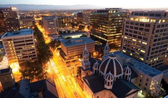Lương bao nhiêu mua được nhà ở thành phố lớn tại Mỹ?
