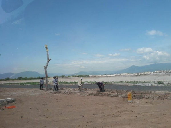 Hình ảnh thực tế dự án nghỉ dưỡng Golden Bay 602 Cam Ranh